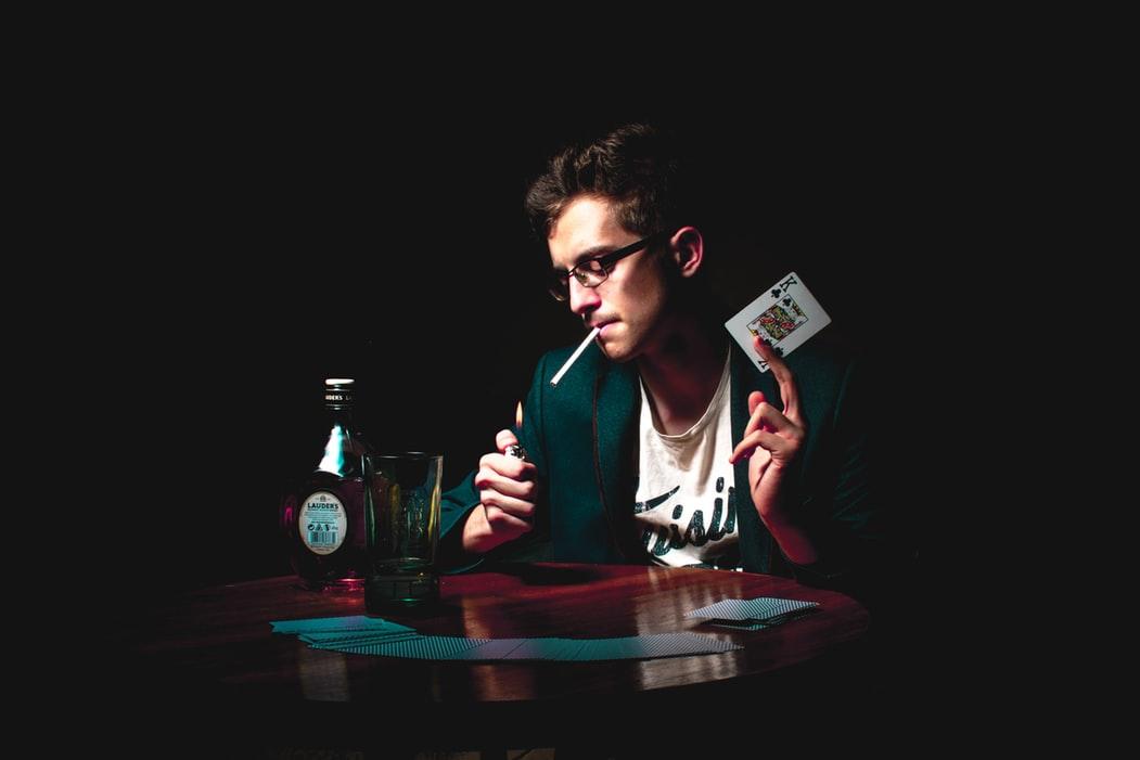 Cara Main Judi Poker Yang Mudah dan Menyenangkan